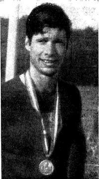 Чемпион Европы по воднолыжному многоборью Ж. Парпет (Франция)