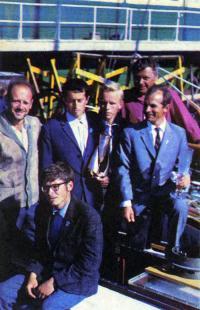 Экипаж яхты-победителя «Амур» - капитан Б. Кришталь