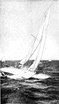 Фото яхты Л6 на ходу