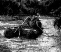 Катамаран на реке