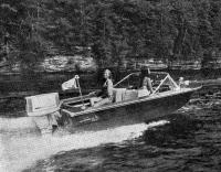 «Крайслер» прогулочная лодка «Лонг Стар» с 55-сильным мотором
