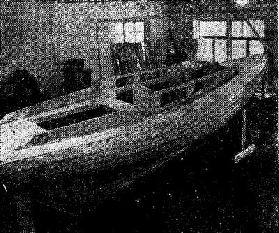 Крейсерская яхта класса «Фолькбот» в процессе достройки