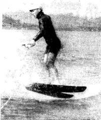 Л. Цой выполняет поворот на 360° в прыжке с волны