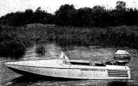 Легкая мотолодка Пиколо построенная Э. Каушелисом