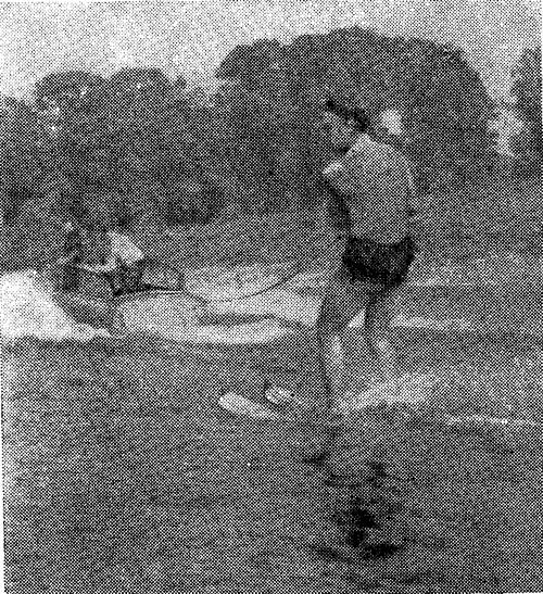 Первый воднолыжник на Немане