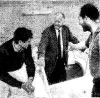 Слева направо: А. Гликсман, Т. Фоллет, Б. Хауэл