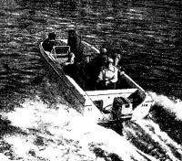 Тримаран «Шторм» с 60-сильным «Кресчентом» на Неве
