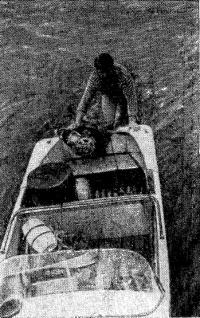 Вид на лодку сверху