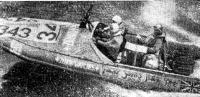 Знаменитая надувная лодка — участник обоих крупнейших английских марафонов