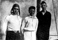 1946 г. Победители гонки. Крайний слева — рулевой Тимир Пинегин