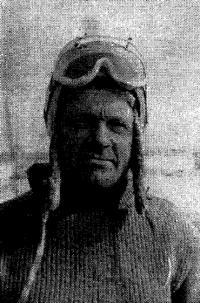 Чемпион СССР в классе буеров С8Б с жестким крылом Анатолий Лебедев