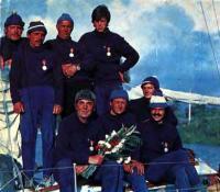 Экипаж «Рицы» при возвращении яхты в родную гавань