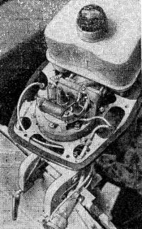 Экспериментальная модель подвесного мотора «Привет-22М»