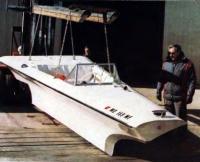 Изобретатель «Морского ножа» Питер Пейн у серийного катера