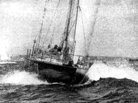 «Крите-V» (М. Малиновски — П. Ленорман) лучшая из килевых яхт участников гонки