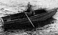 Лодка «ЛР-01» на воде