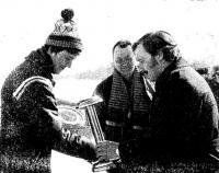 Награждение победителя гонок в классе «DN» В. Вооремаа