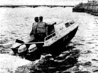 Первая «Радуга-51» во время испытаний на Неве