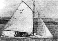 Победитель гонок яхт с гафельным вооружением швертбот «Йонфи»
