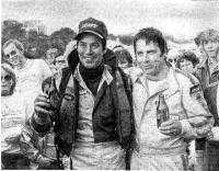 Победители гонки «5 часов Парижа» Кен Стивенсон (слева) и Боб Спалдинг