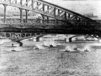 Под мостами Парижа