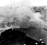Стартовый выстрел из старинной пушки когда-то грозного форта у входа в Портсмут