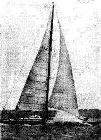 «Сверхкатамаран» «Бритиш Оксиген» во время рекордного заезда
