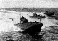 Торпедные катера на маневрах