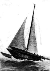 Тримаран «ФТ» во время испытаний