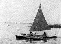 Тримаран с парусным вооружением конструкции Н. И. Пушкина