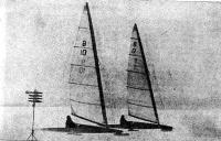 У нижнего знака В. Шапочкин (чемпион страны 1976 г.) обходит В. Кошелева (3-е место)