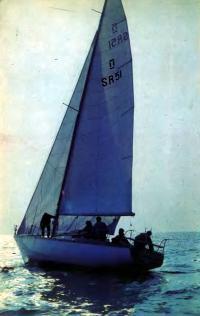 Яхта «Былина» на воде