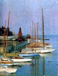 Яхты яхт-клуба Кироского завода