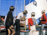 Юные яхтсмены учатся готовить яхту