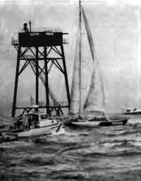 18 июня 1984 г. у маяка Брентон-Риф. Финиширует «Флери Мишон IV»