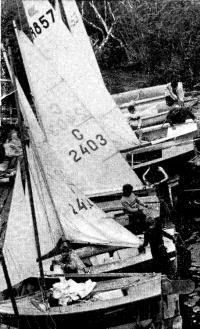 Детская флотилия МГМИ перед выходом на гонки