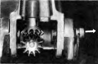 Фиксатор на моторе