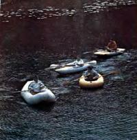 Флотилия из надувных лодок