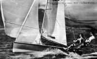 «Интернэйшнл-14» в гонке. Фото «Sailing World»