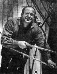 Капитан Виктор Николаевич Антонов