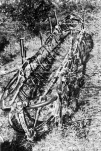 Каркас готов к отделению от монтажных кольев и кантовке