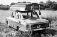 Картоп-лодка на крыше автомобиля