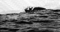 Лодка Питера Бёрда в пути