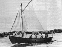 Парусно-моторный бот «ПБ-27»