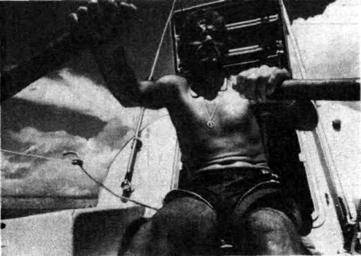 Питер Бёрд: автопортрет на борту лодки