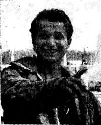 Победитель регаты в классе «Луч» к. м. с. Евгений Баштанов