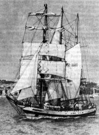 «Погория» под парусами