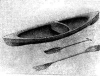 Рис. 1. Одноместная стеклопластиковая гребная лодка типа «каяк»