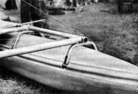 Рис. 7. Сквозные карманы для стрингеров на катамаране С. Козлова