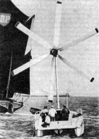 Схема установки ветродвигателя на катамаране